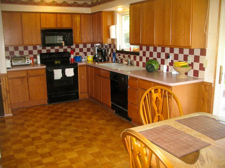 milford-kitchen.JPG